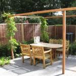 romantische tuin met pergola lekker eten rivius