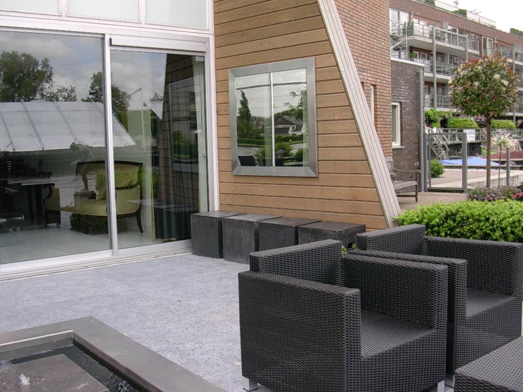 Moderne tuinen rivius for Moderne tuin
